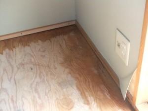 床下地シミ